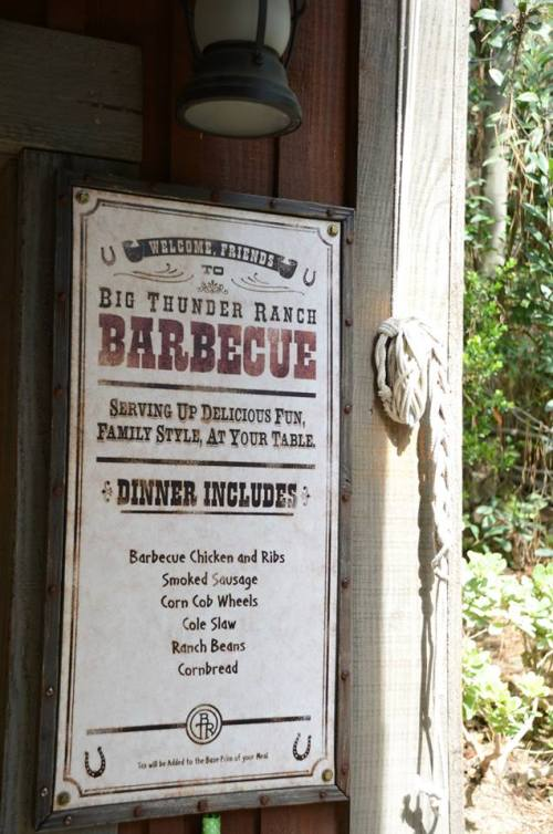 BTRBBQ Dinner sign