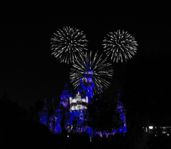 Mickey Mouse ears Disneyland Forever_edited-1