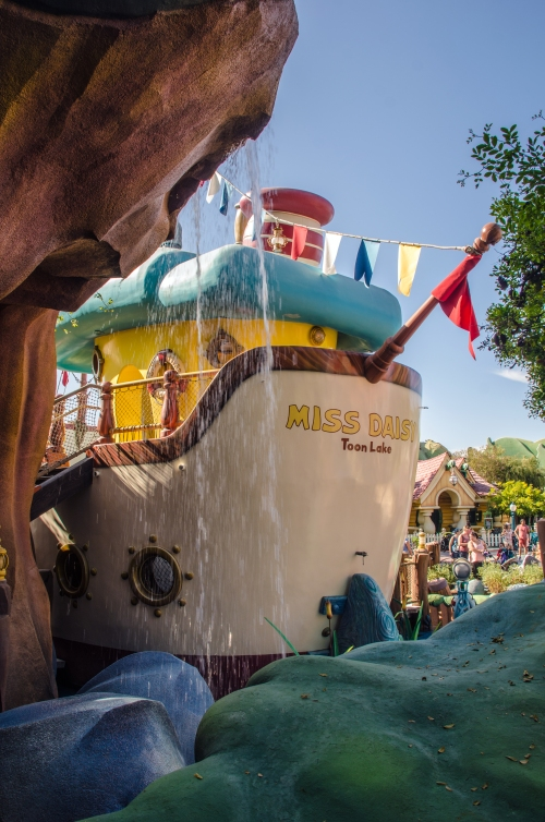 Miss Daisy Boat ToonTown
