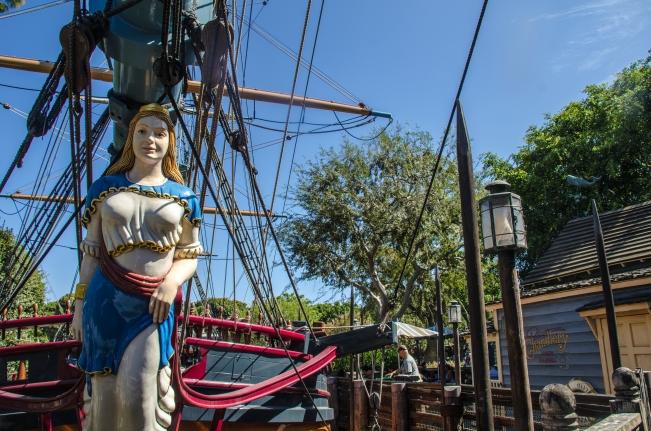 ship mast wide angle