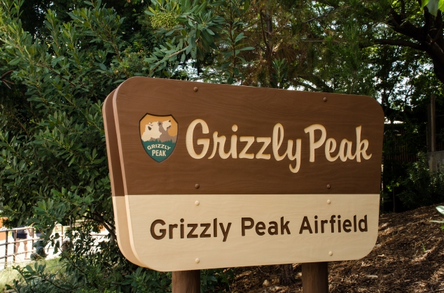 Grizzly Peak Airfield sign