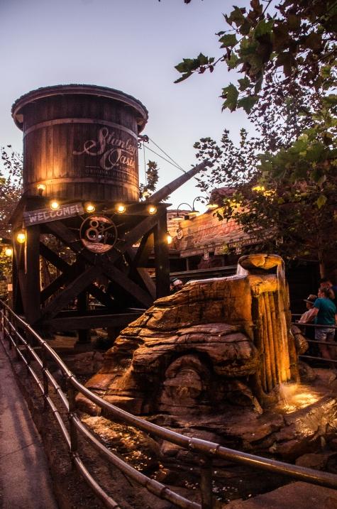 Stanley Oasis water tower_edited-1